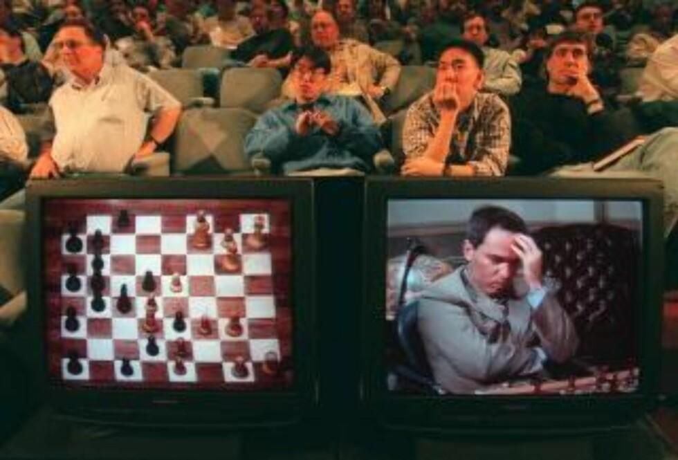<strong>TAPTE:</strong> Sjakkgeniet Garry Kasparov tapte mot IBMs datamaskin Deep Blue i 1997. Foto: SCANPIX