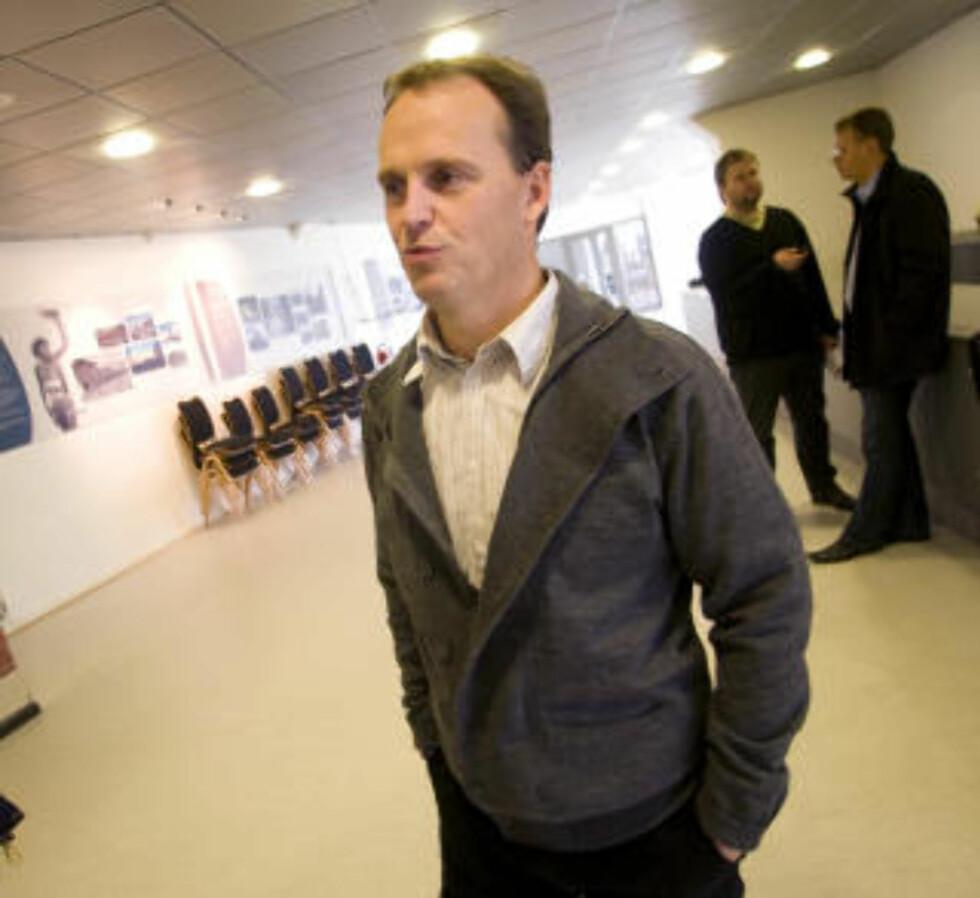 <strong>LYN KONKURS:</strong> Daglig leder i Lyn, Rolf Magne Walstad,  overtok ansvaret for Lyn etter at Erik Langerud sa opp sin stililng i vinter.  Foto: Morten Holm / Scanpix