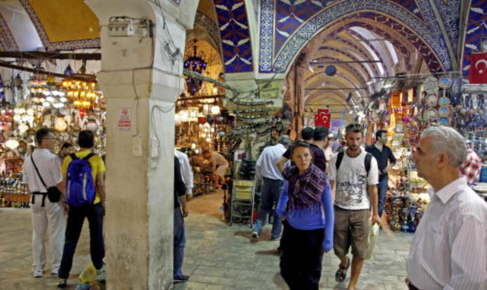 STORT: Grand Bazaar er verdens største turistfelle - og et deilig sted å shoppe.