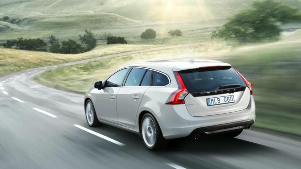 VAKKER: Dersom V60 er like god å kjøre som den er pen blir det en morsom familiebil. Foto: VOLVO CARS