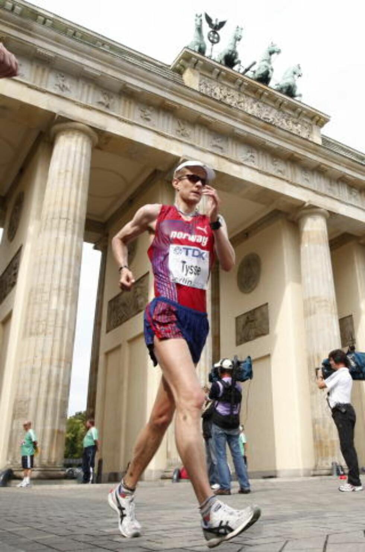 NUMMER FEM I VM: Erik Tysse under VM i friidrett i Berlin i 2008. Da ble kappgjengeren nummer fem. Foto: Cornelius Poppe / SCANPIX.