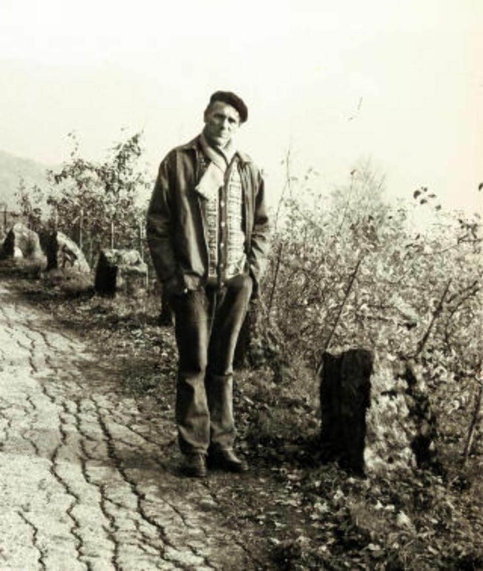 - NØKTERN: Kronikkforfatteren trekker fram dikteren Olav H. Hauge (1908—94) som en eksponent for «den nøkterne klokskapen som finnes i zen-tradisjonen». Her Hauge fotografert av sin nære kollega Jan Erik Vold i 1978.