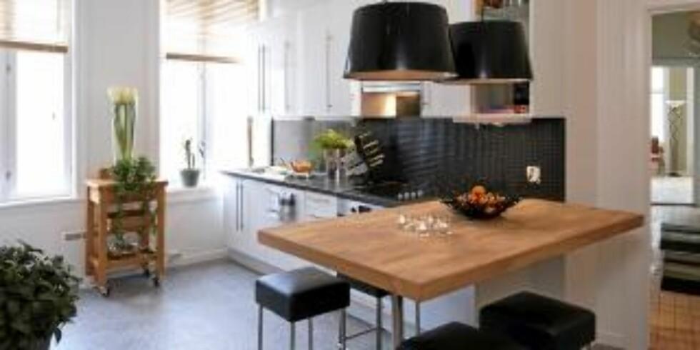 <strong>LYST OG FLOTT:</strong> Det nye kjøkkenet er ikke til å kjenne igjen. Foto: Espen Grønli