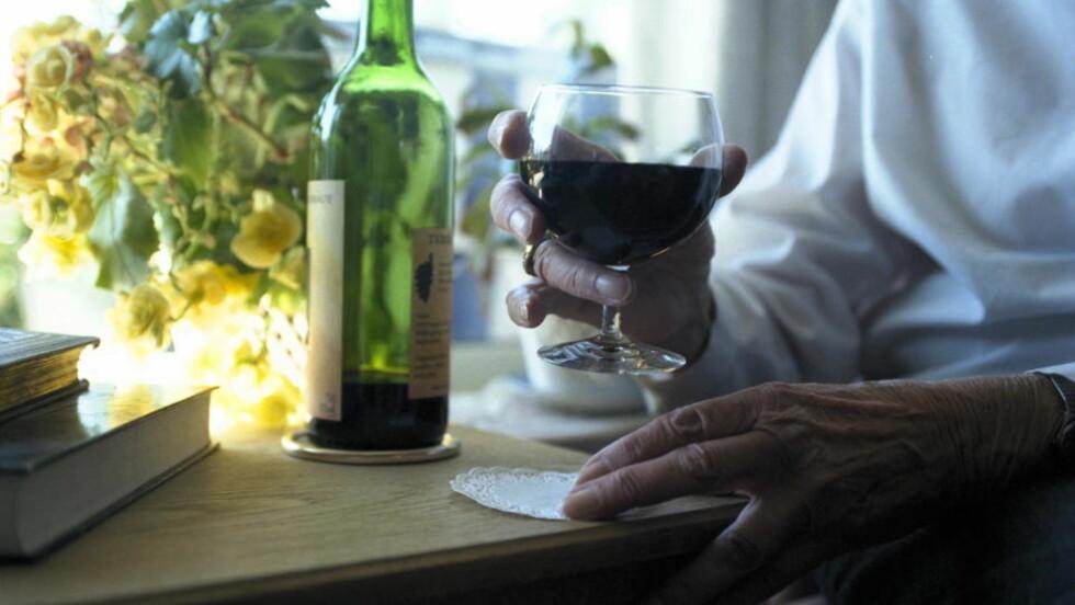 KRITISK: Det preges av ønsketenkning når man hevder at alkohol eller vin hjelper mot ulike sykdommer, skriver innleggsforfatteren.