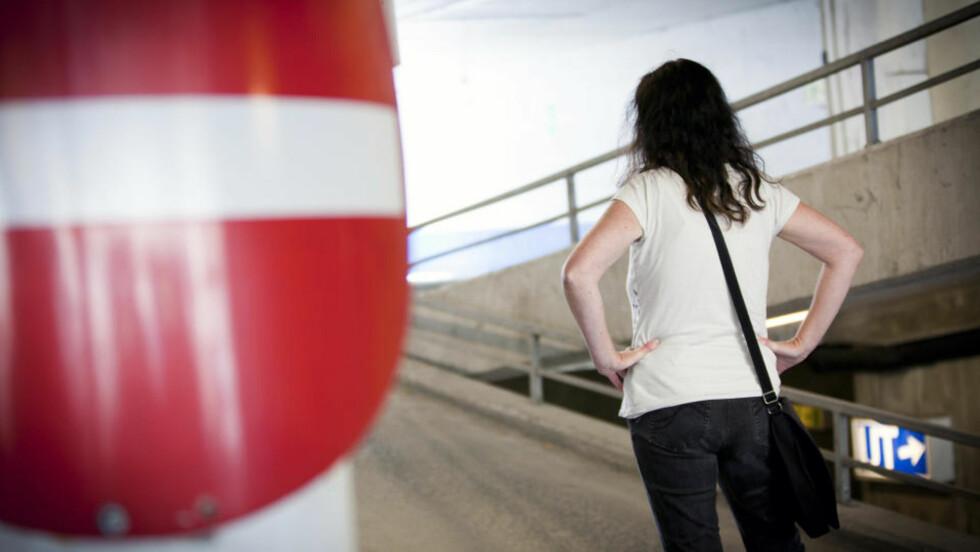 VOLDSOMT SINT: Hilde blir ofte sint for bagateller. Og når hun blir sint nok, slår hun. Foto: Ole Morten Melgård