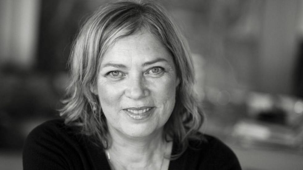 LANG PAUSE: Det er fjorten år siden Lisbet Hiides forrige roman. Hun har benyttet tiden godt. Foto: OKTOBER