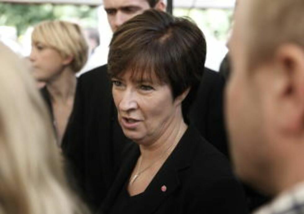 TAPER: Socialdemokraterna og partileder Mona Sahlin ligger an til å bli valgets taper. Foto: ERLING HÆGELAND/Dagbladet