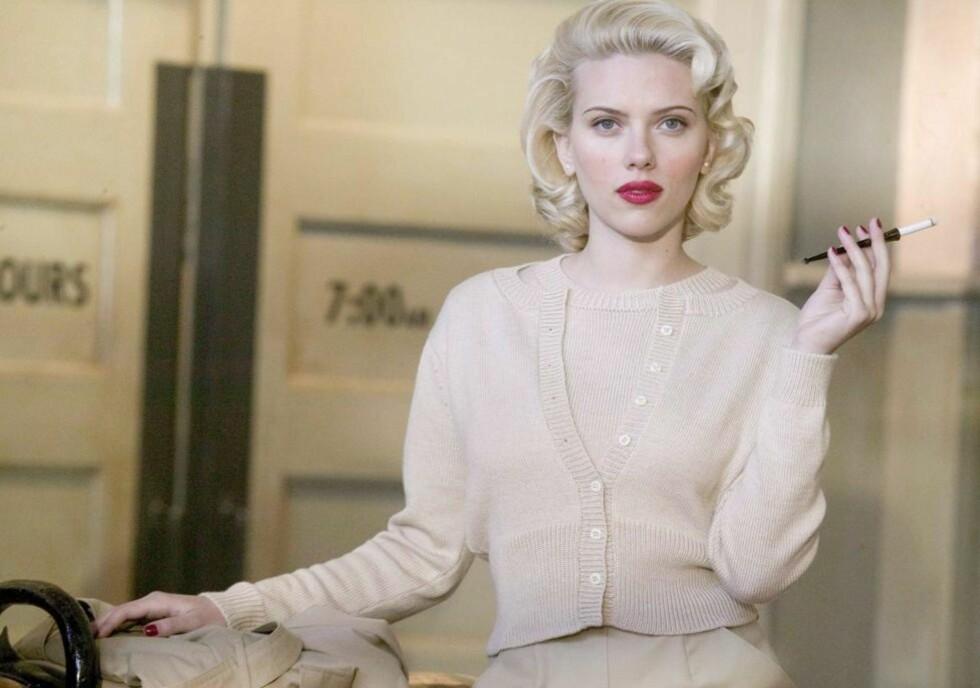 FULLSTENDIG HUKOMMELSESSVIKT: Minnene våre redigeres kontinuerlig. Vi blander forestilte hendelser med faktiske, vi har oppmerksomheten et annet sted og lar oss påvirke av ledende spørsmål. Falske tilståelser er et problem. Over 50 menn og kvinner tilsto mishandling og drap på skuespilleren Elizabeth Short - også kalt Black Dahlia, i 1947. Skuespiller Scarlett Johansson spilte i filmen fra 2006. Foto: EPA