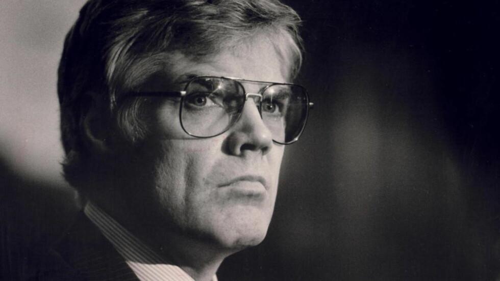 Falske bevis: Spiontiltalte Arne Treholt i retten i 1985. Det er dokumentert at pengebeviset er falskt, skriver forfatteren. Foto: Odd H. Anthonsen