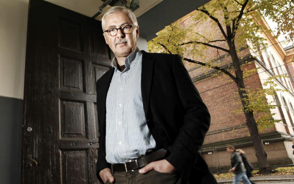 LYRISK OG VARM: Lars Amund Vaage har nok en gang skrevet en imponerende roman om sinnets grenseganger. Foto: ERLING HÆGELAND/Dagbladet