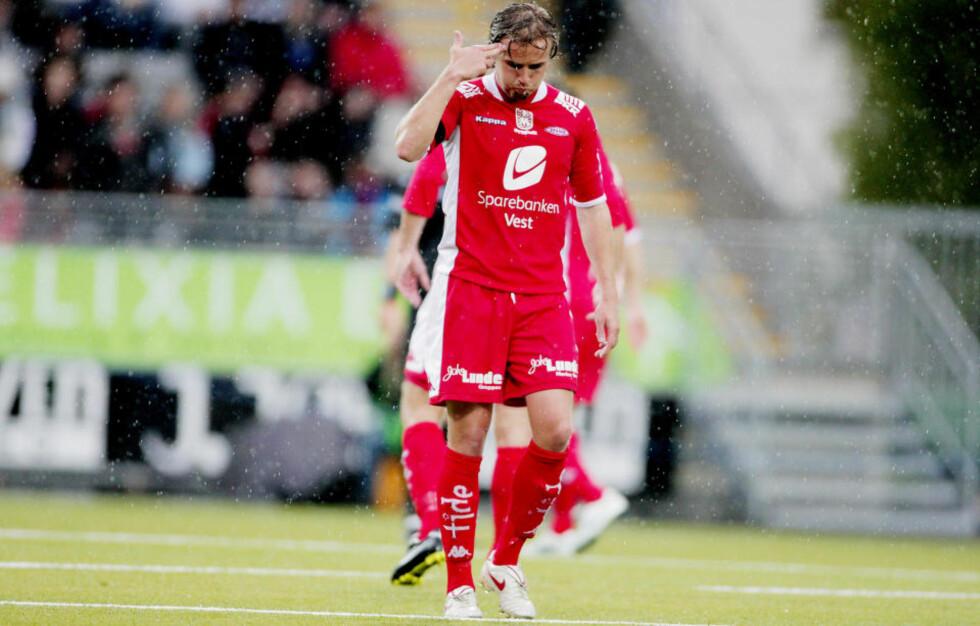 <strong>KLIN KOKOS:</strong> Bjørnar Holmvik er blant Branns aller best betalte spillere, men har startet flere kamper på benken enn på banen denne sesongen.  Foto: Stian Lysberg Solum / SCANPIX