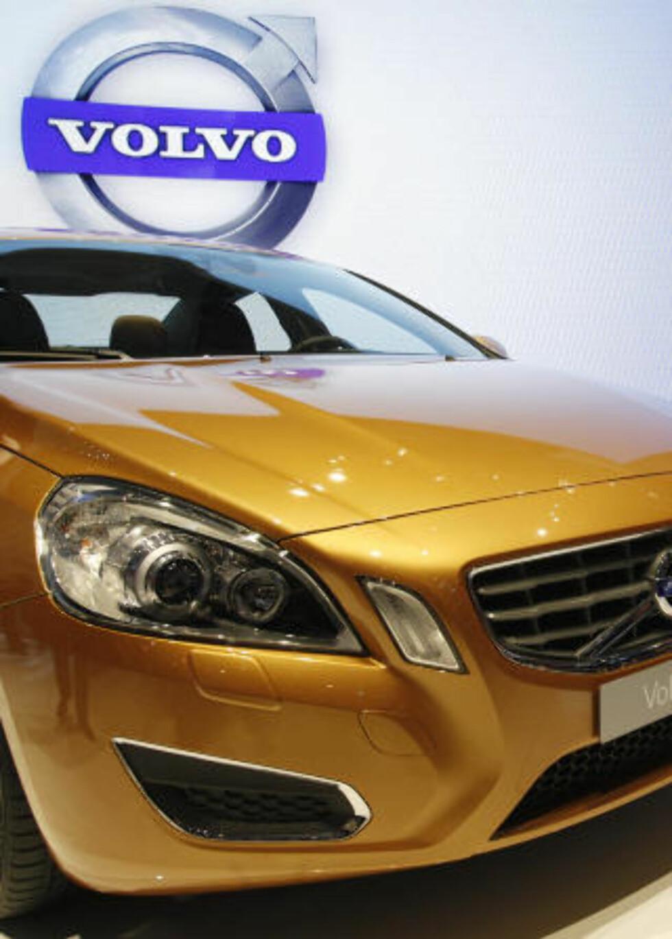 UTFORDREREN: Volvos mest sportslige bilmodell til nå, S60/V60, skal ta opp kampen mot Audi A4 og BMW 3-serie. Foto: REUTERS/SCANPIX