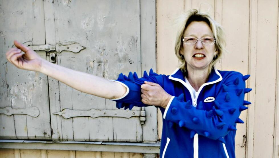 STORVERK: Beate Grimsrud har skrevet en av høstens store norske romaner. Her er hun utenfor skrivestua si på Søder i Stockholm. Foto: Lars Eivind Bones / Dagbladet