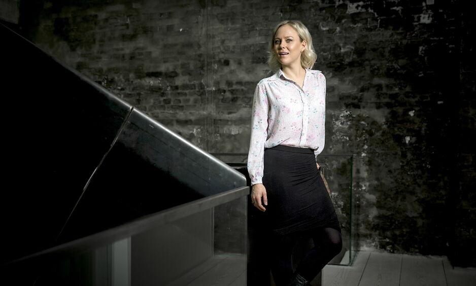 ROBOTISK: Ingrid Bolsø Berdal skyter fra seg som robotskurk i HBO-serien «Westworld» denne høsten. Foto: Bjørn Langsem / Dagbladet