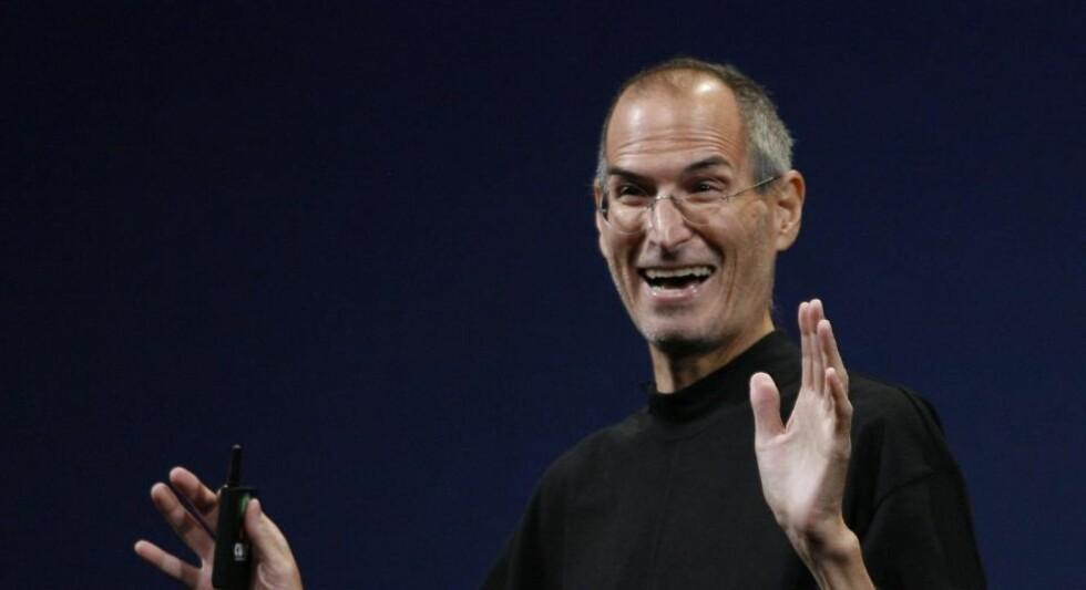 EN BETALINGSTERMINAL FOR SOFAKROKEN: I kveld presenterer Steve Jobs Apples nye surfebrett. Det kan bli dingsen som utløser en hittil ukjent betalingsvilje blant underholdningssugne nettbrukere, tror Dagbladets kommentator. Foto: SCANPIX