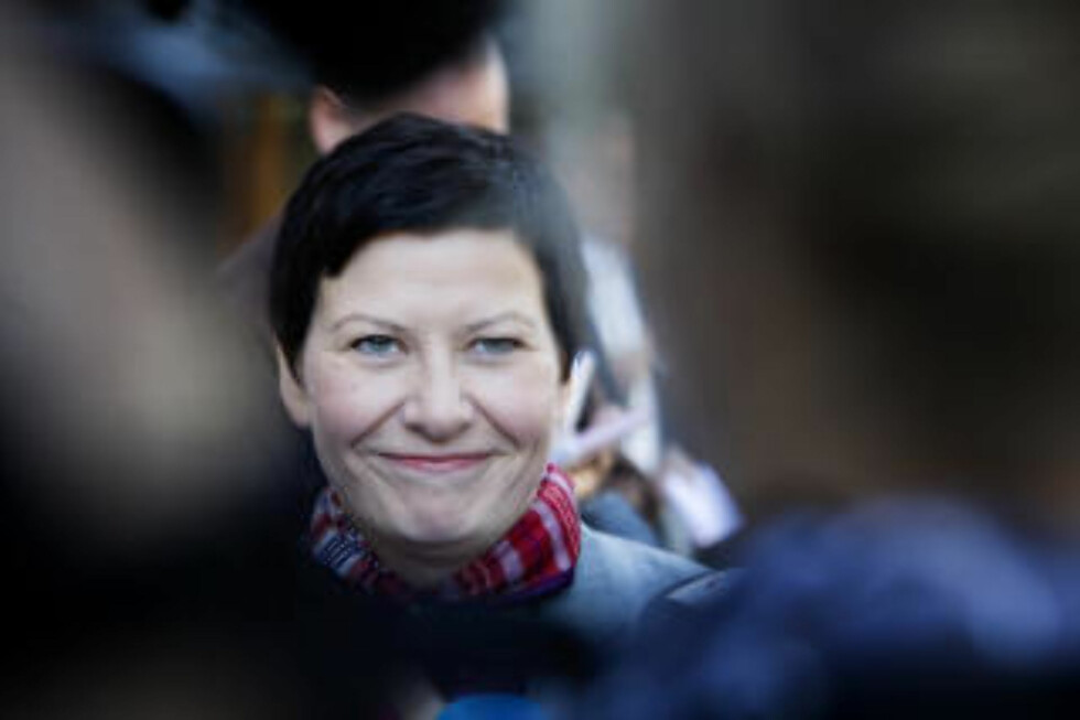 KAN IKKE FORSVARES: Både EU, den norske regjeringen og Helga Pedersen har et betydelig forklaringsproblem dersom Datalagringsdirektivet skal kunne forsvares rettslig, skriver advokat Jon Wessel-Aas (under). Foto: SCANPIX'