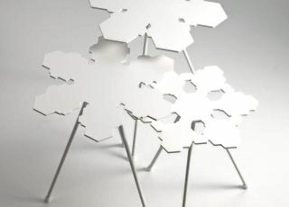 """INN I VARMEN: Småbordene """"Snowflakes"""", designet av Claesson, Koivisto, Rune for Offecct. Foto: Produsenten"""