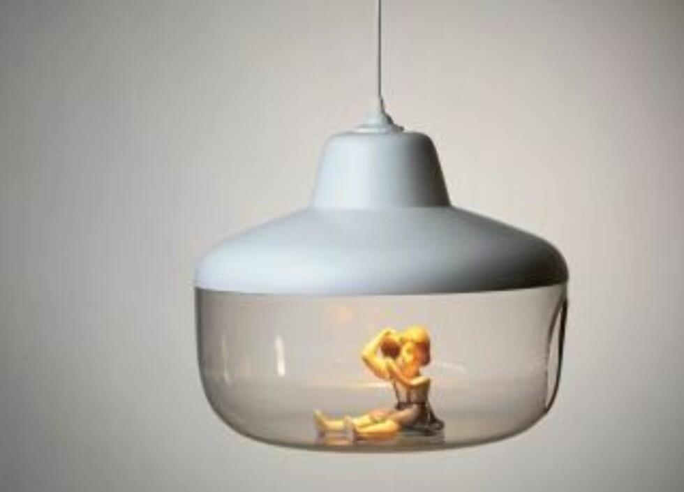 """LEKEN SAK. Pendellampen """"Favourite Things"""" er designet av studioet Chen Karlsson og kommer i salg hos R.O.O.M. Foto: Produsenten"""