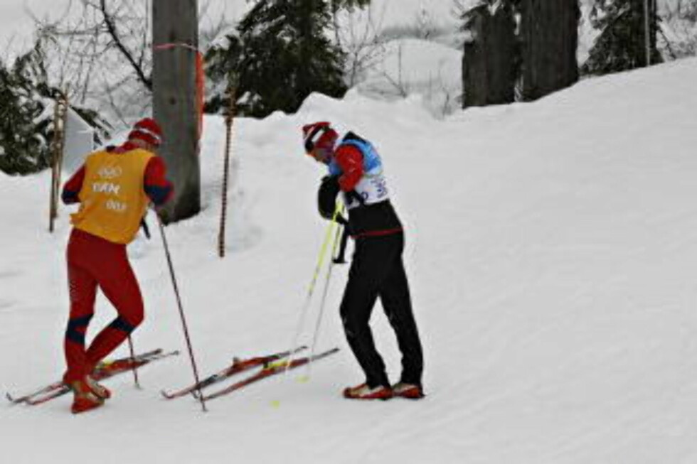 FOR GROV RUBB: Hjelmeset tok på seg skylda for at rubben var for grov, det var han som ønsket seg bedre feste. Her tester han ski før start. Foto: ARNT E. FOLVIK / Dagbladet