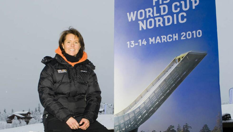 BEKLAGER: VM-direktør Åsne Havnelid sier hun hadde gitt klar beskjed om at Bjør Einar Romøren ikke skulle være førstemann utfor bakken. Nå beklager hun at hun ikke nektet ham å være blant testhopperne i det hele tatt. Foto: Heiko Junge, Scanpix