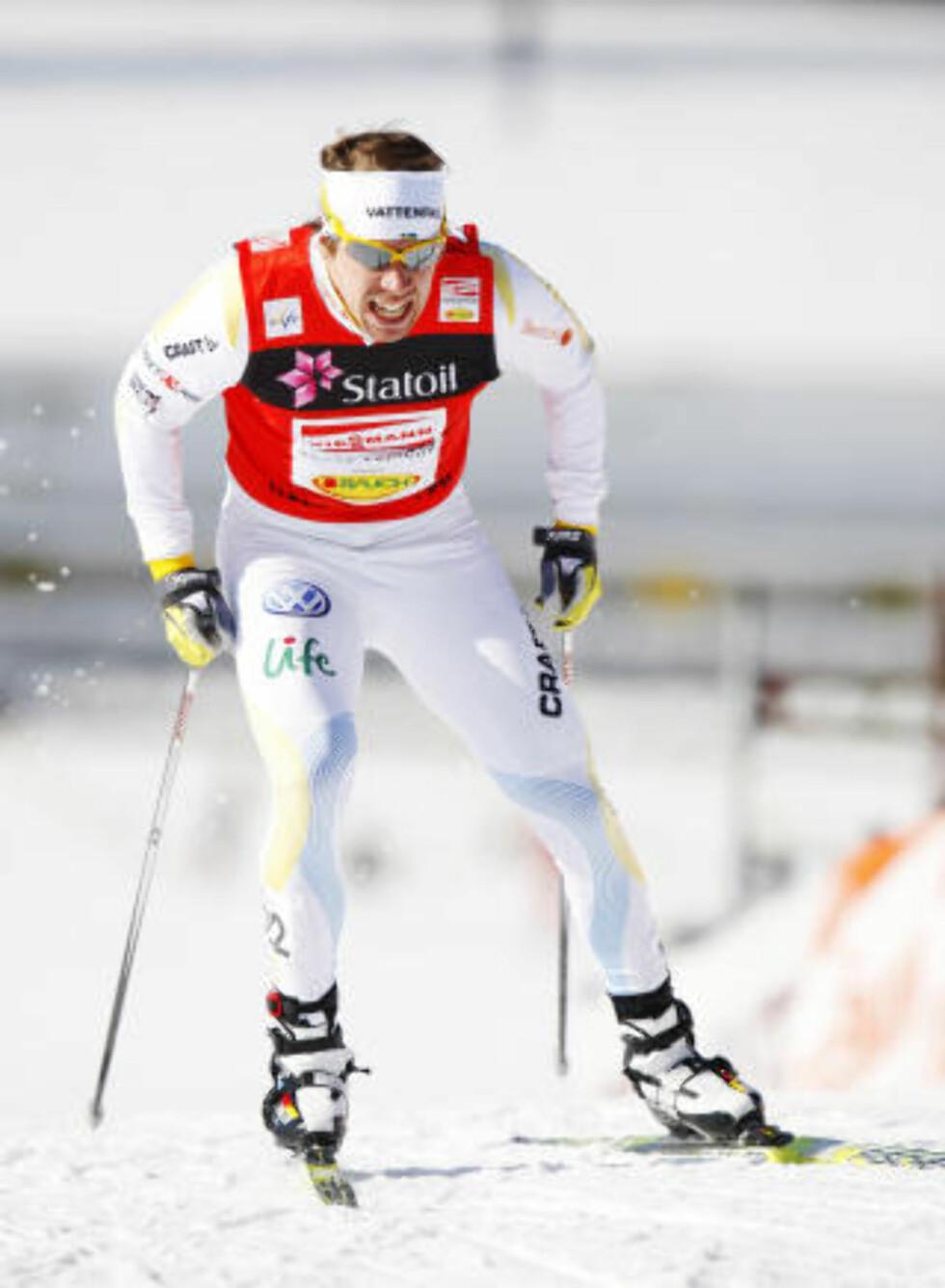 FIKK REVANSJ PÅ JÖNSSON: Etter annenplassen bak Jönsson i Drammen slo Northug fast at han er bedre enn svensken i staking - men dårligere i diagonalgang. Det fikk han vist i dag.  Foto: Erlend Aas / Scanpix