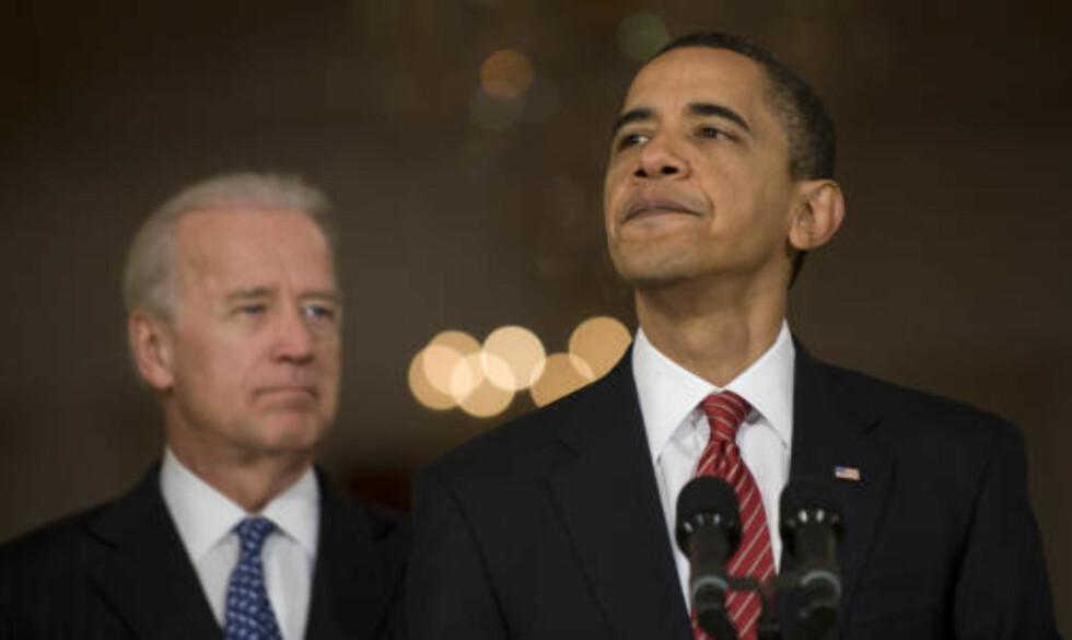 NY KAMP: 12 statsadvokater vil ta helsereformen til retten fordi de mener den bryter med grunnloven. Det kan bety nok en langvarig kamp for Barack Obama og demokratene. Foto: AFP  PHOTO/Jim Watson/SCANPIX