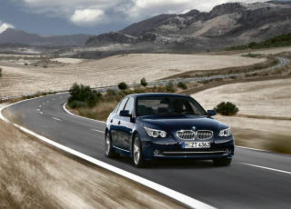 112 000: I prisklassen på drøyt 500 000 kroner, f eks BMW 520, koster bilen med typisk bilbruk 112 000 kroner.