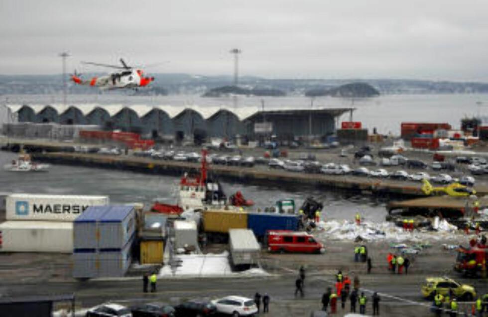 KATASTROFE: Tre personer er så langt bekreftet omkommet  flere er hardt skadd. Foto: Heiko Junge / SCANPIX