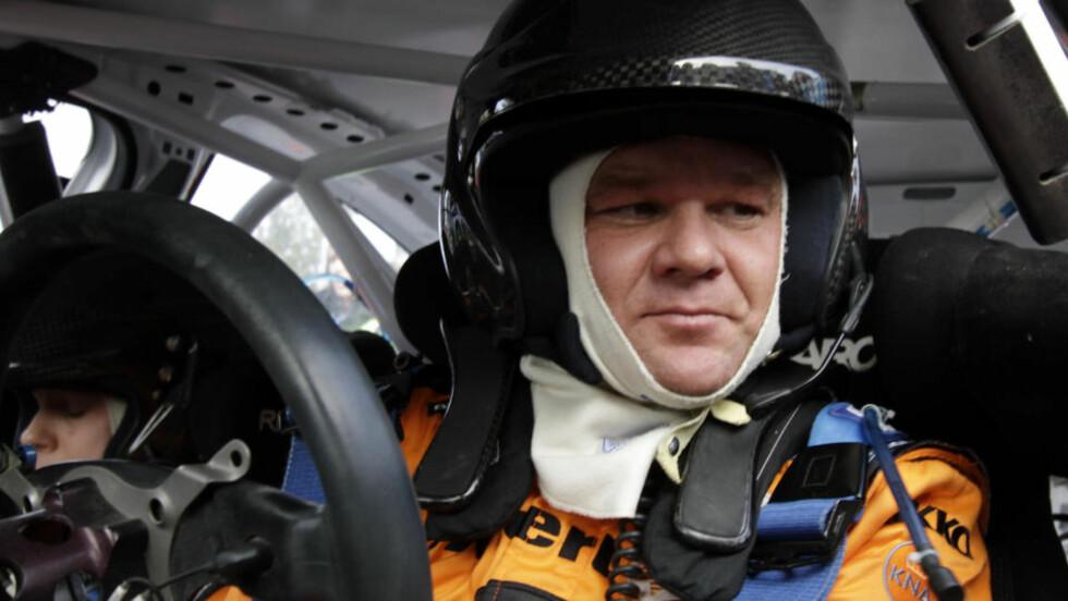 BLIR FOTBALLONKEL: Henning Solberg er inne på eiersiden i Vålerenga ved en tilfeldighet. Rallyføreren har overtatt 10,9 prosent av aksjene. Foto: Micke Fransson / Scanpix .