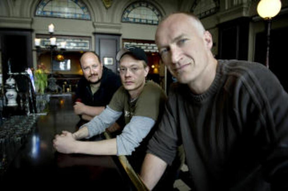 VIL HA DEBATT: F.v. Produsent Bjørn Arne Odden, Kristoffer Joner og Erik Thorstvedt. Foto: Øistein Norum Monsen