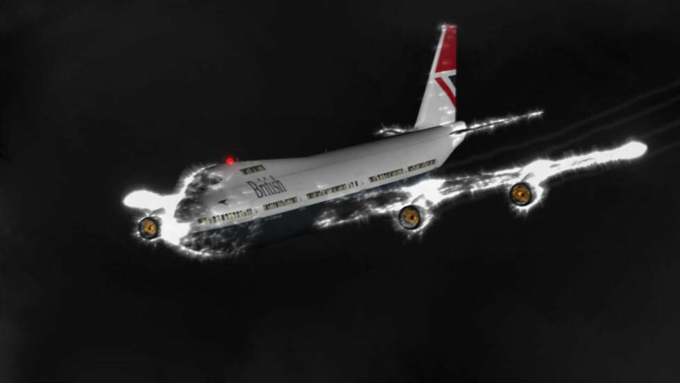 NESTENKATASTROFE:  British Airways Flight 9 fra London fløy inn i en sky av vulkansk aske i 1982. Alle de fire motorene stanset og jumbojeten ble et glidefly. Gløden i grafikken er såkalt Sankt Elms ild som oppstår på grunn av elektriske utladninger i møte med partiklene. Grafikk: Wikimedia Commons/Anynobody