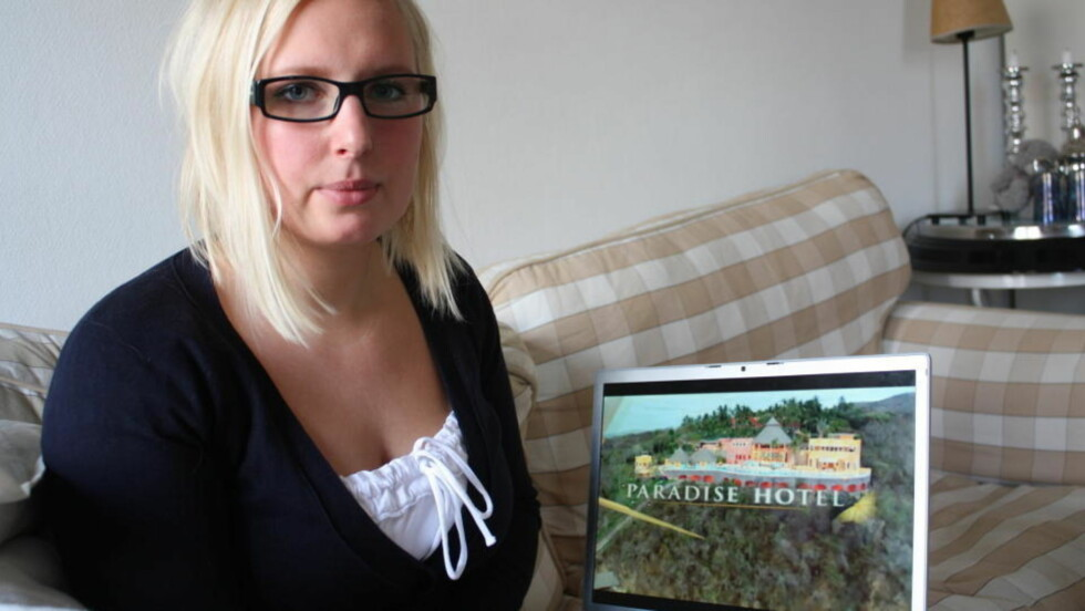 TWITRET: Desiree Karlsen (23) trodde drømmejobben var i boks. Det var helt til hun tvitret at hun så på Paradise hotel. foto: PRIVAT