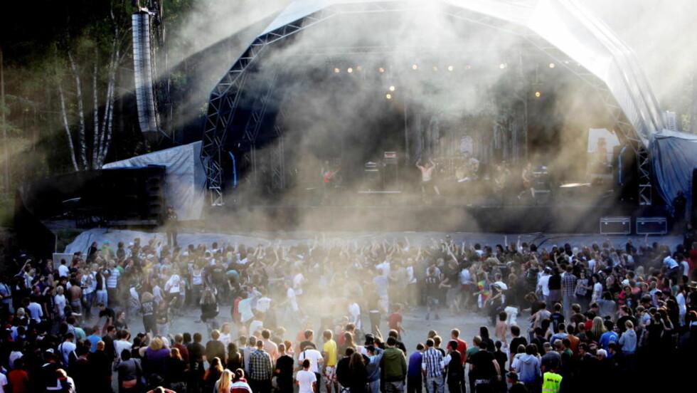 MENGER SEG MED FIFFEN: Hovefestivalen høster gode skussmål i storavisa The Times. De har kåret den norske festivalen til Europas fjerde beste. Foto: Lars Eivind Bones.