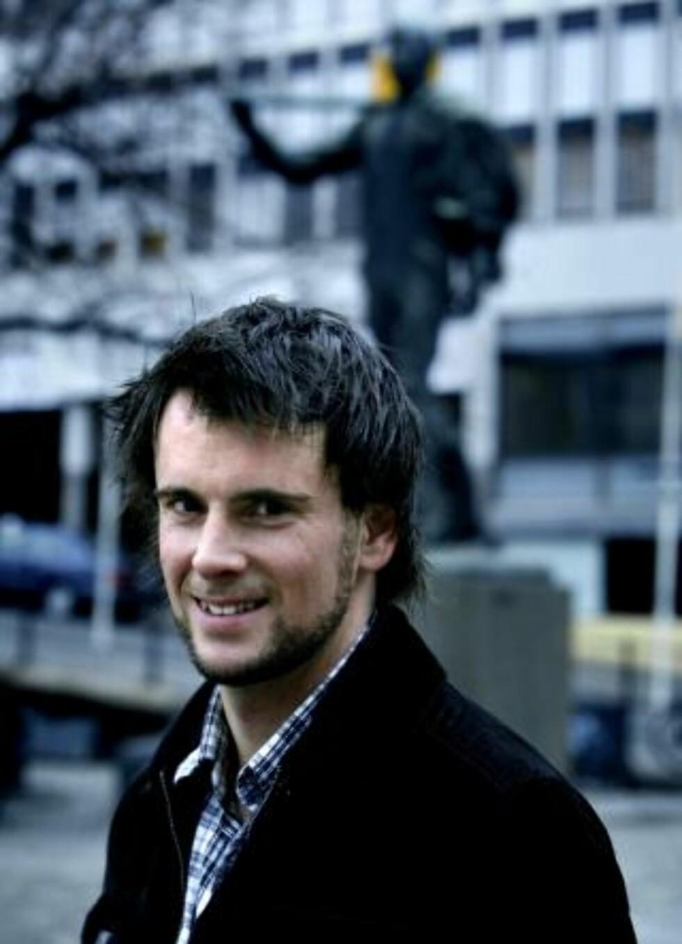 STILLER TIL DEBATT: Magnus Marsdal, utreder i Manifest Analyse, sier han vil stille til debatt. Foto: Steinar Buholm /Dagbladet.