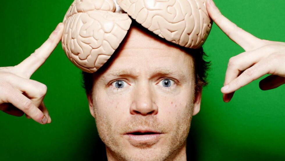 FRA TV TIL BOK: TV-serien «Hjernevask» har skapt voldsom debatt. Nå foreligger boka basert på serien, «Født sånn eller blitt sånn?», skrevet av Harald Eia og Ole Martin Ihle. Foto: SIV JOHANNE SEGLEM
