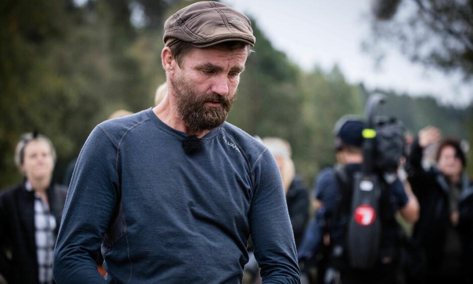 RØYK UT: Etter seks uker var «Farmen»-eventyret over for bråkmakerstemplede Lasse Bergseter (49). Foto: Alex Iversen / TV 2