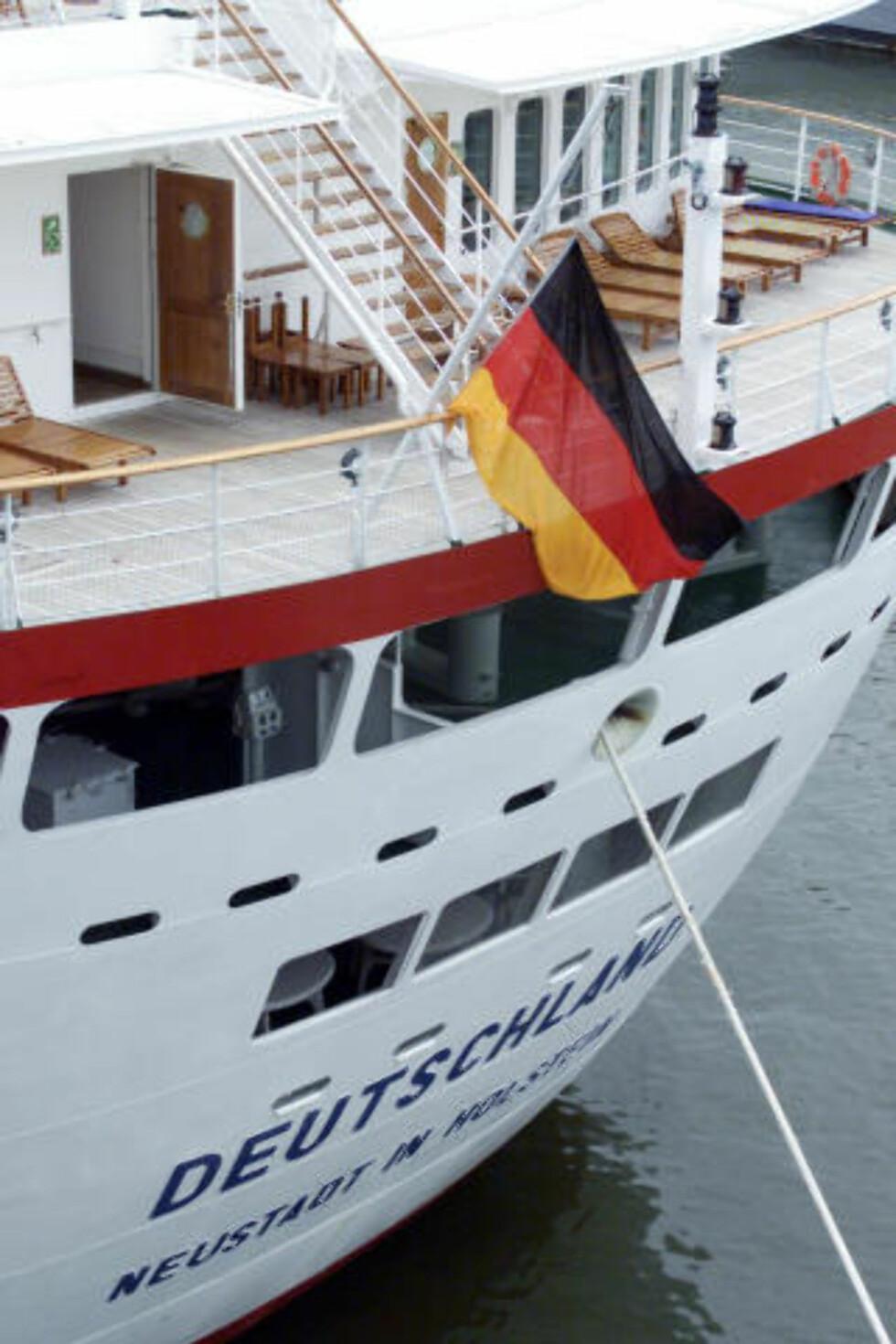 TYSK: «MS Deutschland» tilhører det tyske rederiet Dellmann. Foto: REUTERS/Peter Morgan