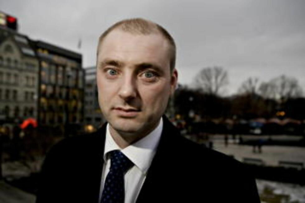 <strong>KRITISK TIL GRANSKINGS-SVAR:</strong> Robert Eriksson, leder av sosialkomiten på Stortinget.  Foto:  Torbjørn Grønning / Dagbladet