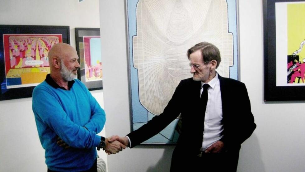 STRIDEN OVER: Morten Dreyer og kunstneren Pushwagner har fordelt den omstridte kunsten mellom seg etter lang tids strid. Foto: Eivind Kristensen