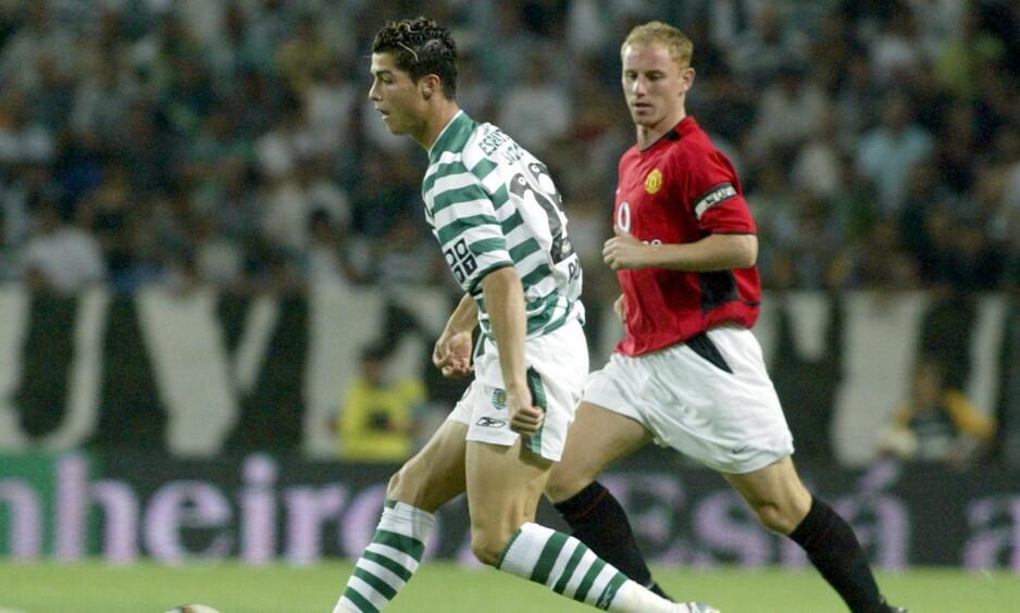 TIL MANCHESTER UNITED: Cristiano Ronaldo, her i en duell med Nicky Butt, endte opp i Manchester United etter denne kampen 6.august 2003. Foto: NTB Scanpix