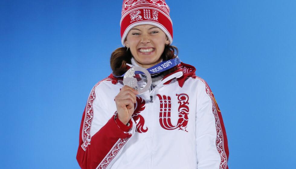 GIR SEG: Den russiske skiskytteren Olga Vilukhina, som tok to sølvmedaljer under Sotsji-OL i 2014, legger opp. Foto: REUTERS/David Gray/NTB Scanpix