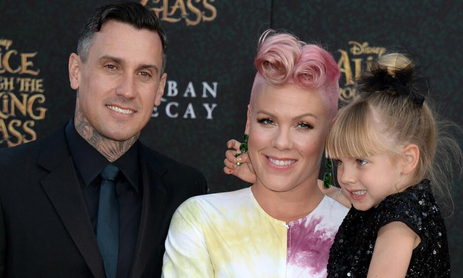 GRAVID IGJEN: Fem år etter at Pink og mannen Carey ble foreldre for første gang, avslører hun at de skal få et nytt familiemedlem. Foto: NTB scanpix