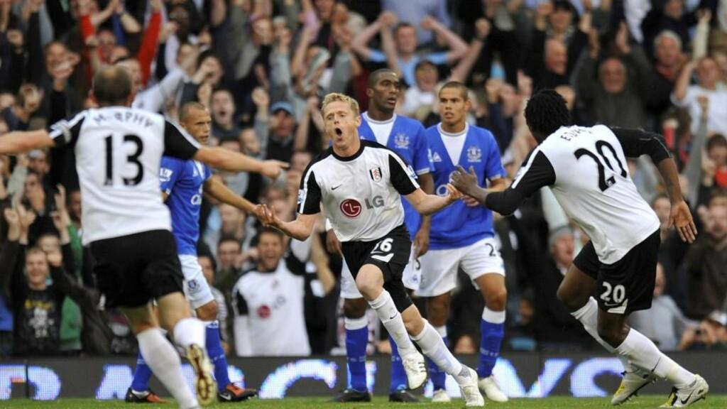 DAGENS FULHAM-HELT: Kanskje var Damien Duff ute etter å vise at han fortsatt forsvarer en plass på Fulham-laget etter Bjørn Helge Riises uttalelser forrige uke. I kveld ble han matchvinner med et herlig skudd fra 20 meter. Foto: REUTERS/Kieran Doherty
