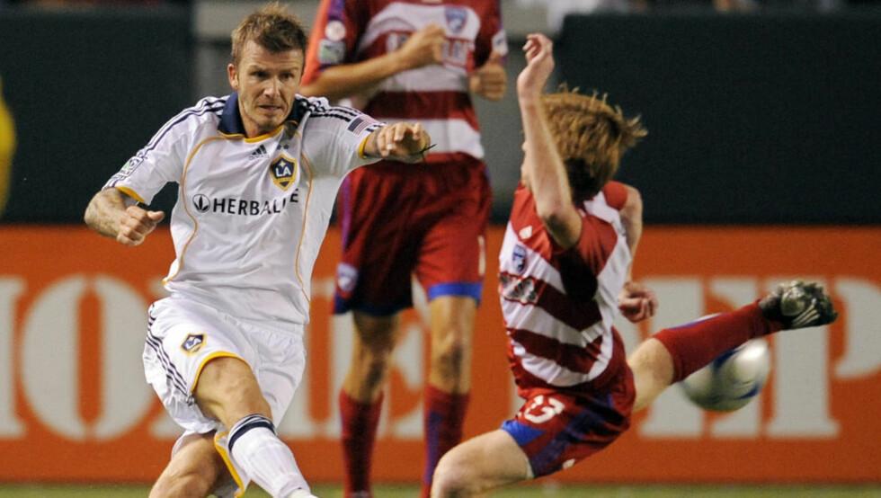 STORTAP: Los Angeles Galaxy  og David Beckham tapte hele 3-6 hjemme mot Dallas i helga. Foto: AP