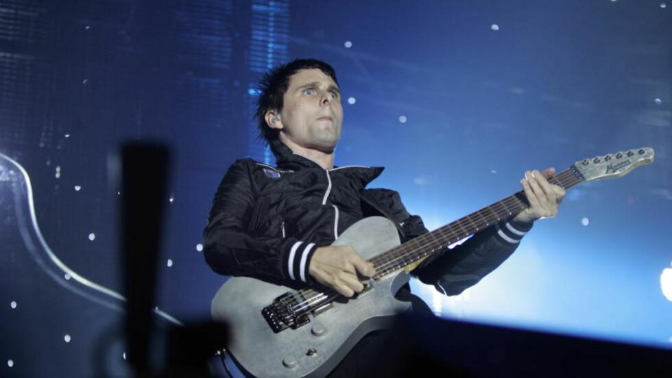 SPARER IKKE PÅ NOE: Matt Bellamy i Muse. Foto: Tom E. Østhuus