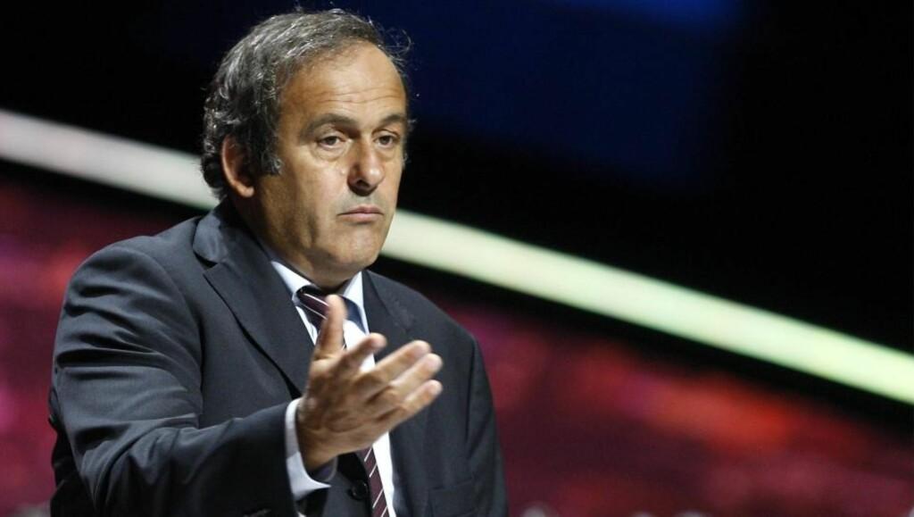 ALLE FÅR TRE ÅR: UEFA-president Michel Platini har som mål å få skikk på økonomien i alle europeiske klubber. Foto: SCANPIX/EPA/GUILLAUME HORCAJUELO
