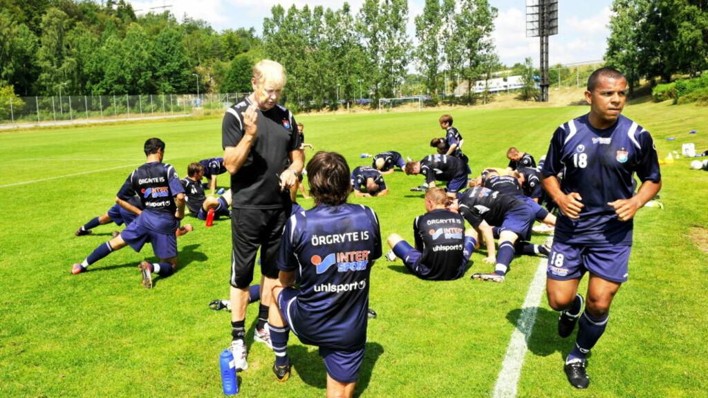 OPPSKRIFTEN: Hard trening ligger bak oppturen Örgryte har fått etter Åge Hareides ankomst i sommer. Men også en god porsjon bacalao. Foto: Erik Berglund, Dagbladet