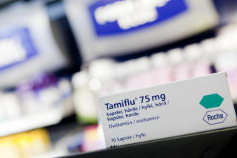 VAKSINE OM EN MÅNED: Norske helsemyndigheter har kjøpt inn 1,4 millioner doser med Tamiflu som skal motvirke svineinfluensa når du har fått sykdommen. Først om ca en måned vil vaksiner mot svineinfluensa også være tilgjengelig. Foto: Tore Meek / SCANPIX