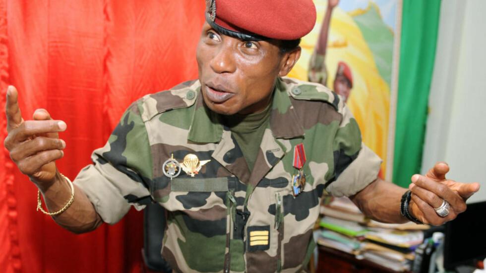 AVVISER: Juntaens leder Moussa Dadis Camara avviser imidlertid at han har noe ansvar for voldshandlingene. . AFP PHOTO/SEYLLOU