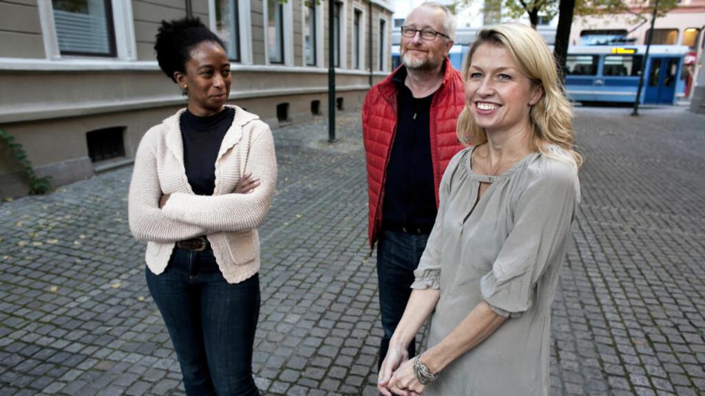 FILMSKAPERE: Produsent Valerie Saunders (t.v.) og deleier Peter Aalbæk i Zentropa ser for seg norske, svenske og tyske skuespillere i rollene når Helle Aarnes? «Tyskerjentene» nå blir film.